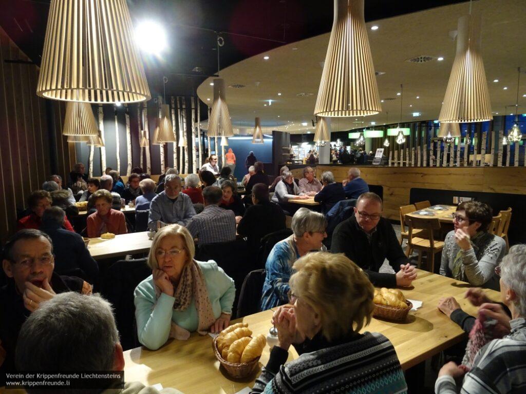 Krippenfreunde Liechtenstein: Krippeleschauen 2019